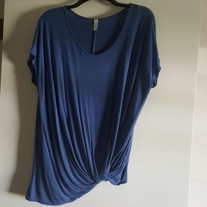 Twist Front Top by Luxe Size Large
